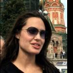 Angelina Jolie nue